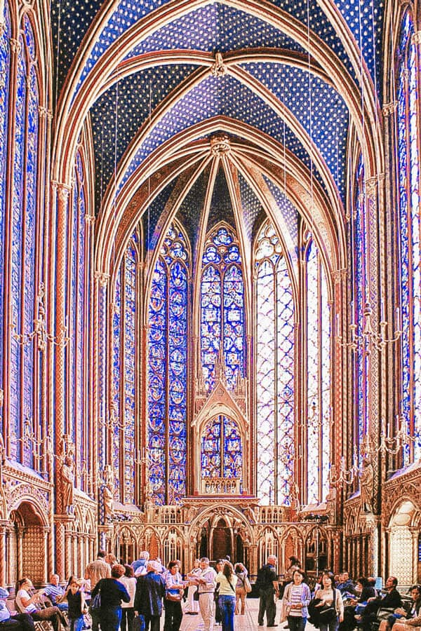 Sainte Chapelle. 2 day Paris Itinerary! Find the best places to visit in Paris in 2 days.