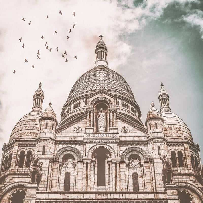 2 day Paris Itinerary! Find the best places to visit in Paris in 2 days. Basilique du Sacre-Coeur.