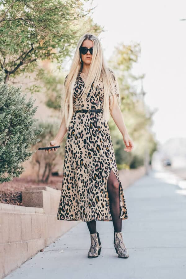 You have to add this leopard print dress to your fall must haves! No fall outfit will be complete without a leopard dress! www.avenlylane.com #avenylanefashion #avenlylane #fallfashion #falloutfits #outfits #dresses #leopardprint #ootd
