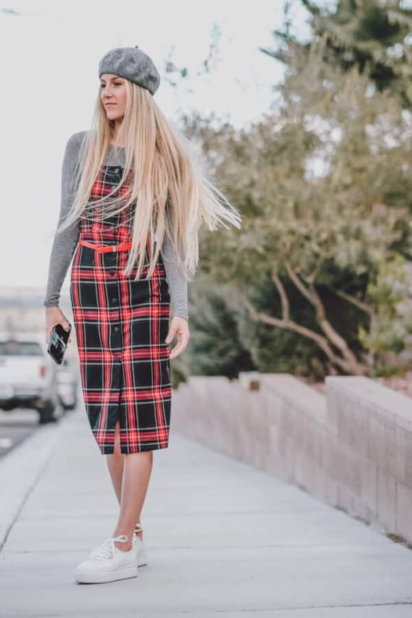 This Cute Plaid Dress Outfit is Perfect for Fall. Let me know what you think of this fall trend on www.avenlylane.com | #AVENLYLANE #dress #dresses #falloutfits #falldresses #fallstyle #styleinspiration #style #outfits #fashion #fallfashion