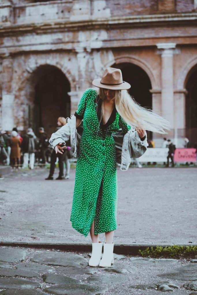 The Perfect Dress to Wear to Rome in November! Rome packing list! #AVENLYLANEFASHION #AVENLYLANE #AVENLYLANETRAVEL #rome #italy #romeitaly #dresses #packinglist